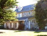 location saisonnière - patrimoine et famille -  Yves de Sagazan -  Ref : 49001/rearview1